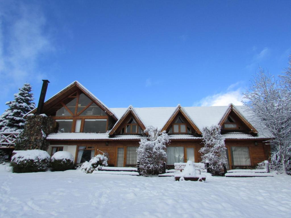 Hostería Casa del Lago during the winter