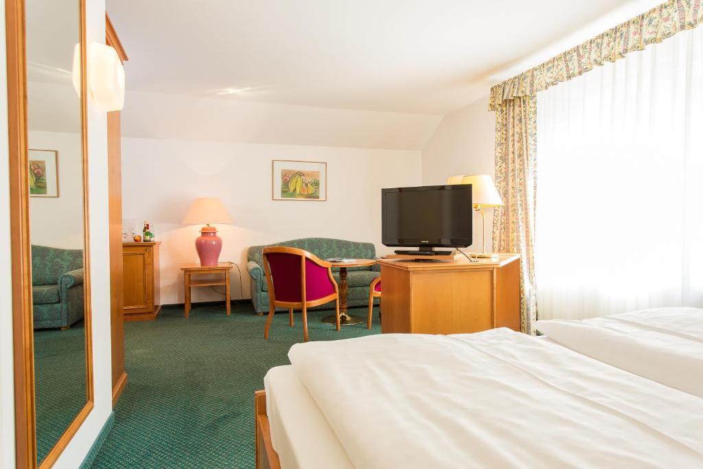 Hotel Churfuerstliche, Moritzburg, Germany - Booking.com