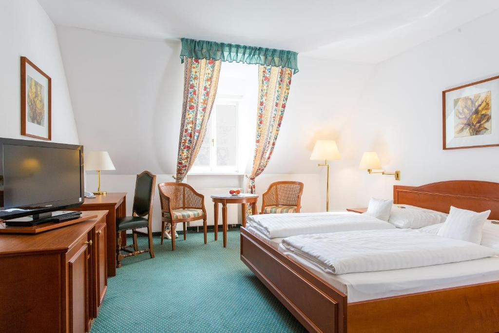 Hotel Churfuerstliche, Moritzburg, Germany - Booking.com