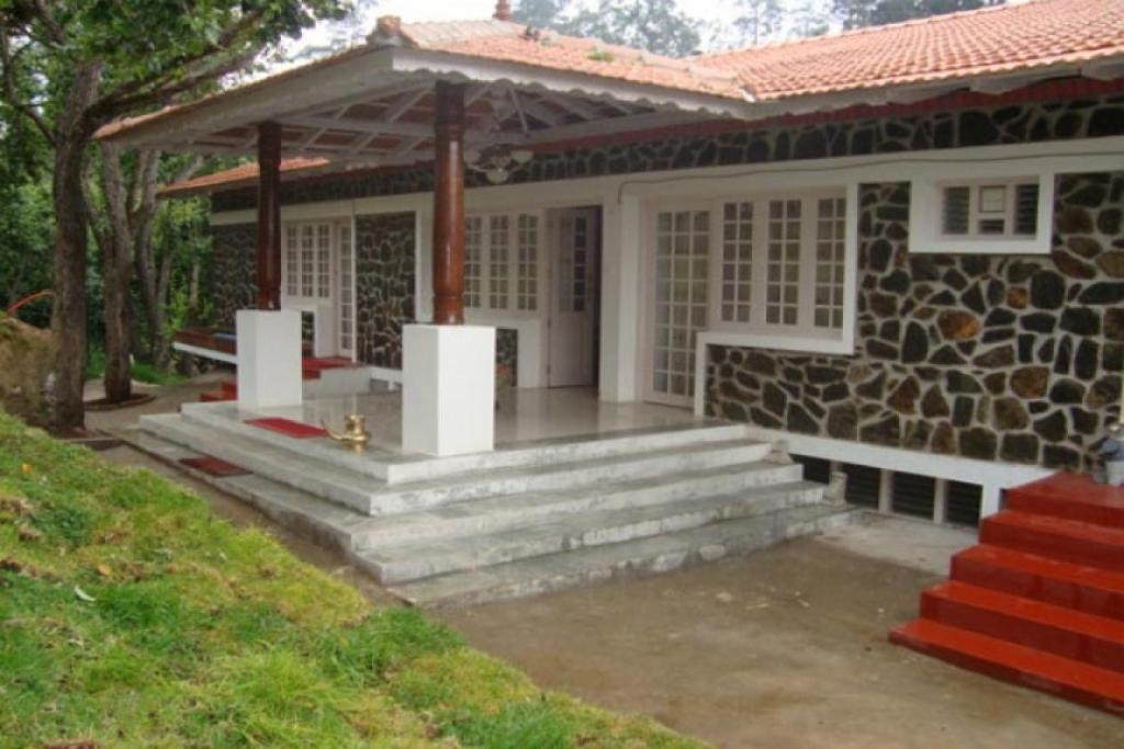 B R Farmhouse
