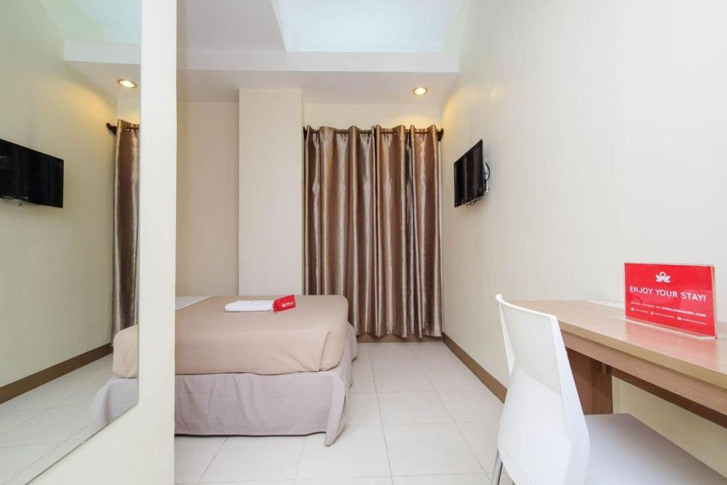 Condo Hotel ZEN Rooms Center Suites Cebu Cebu City Philippines