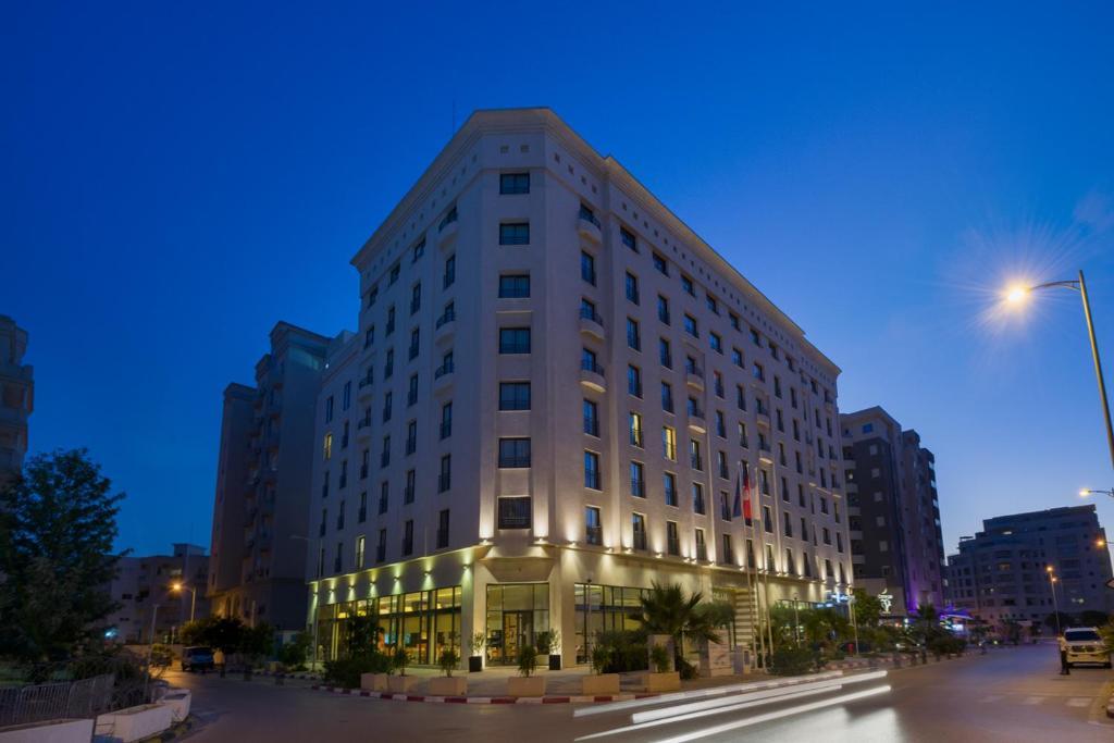 ル コライユ スイーツ ホテル(Le Corail Suites Hotel)