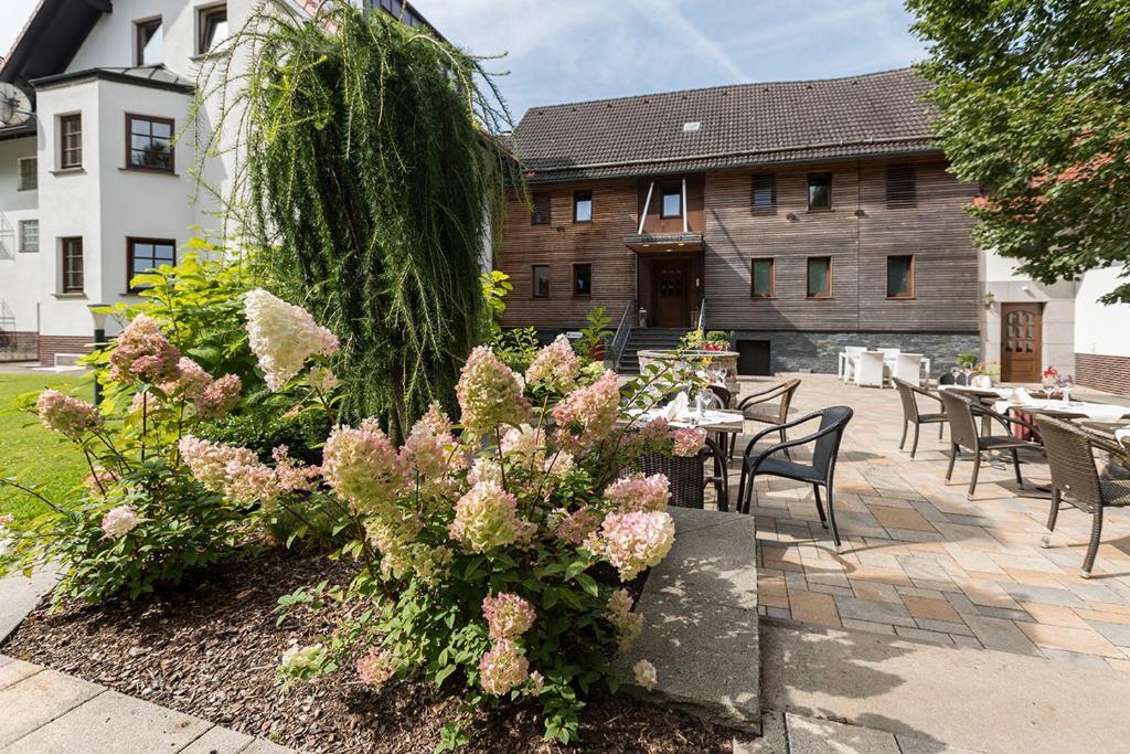 Hotel zum Taufstein (Deutschland Sparhof) - Booking.com