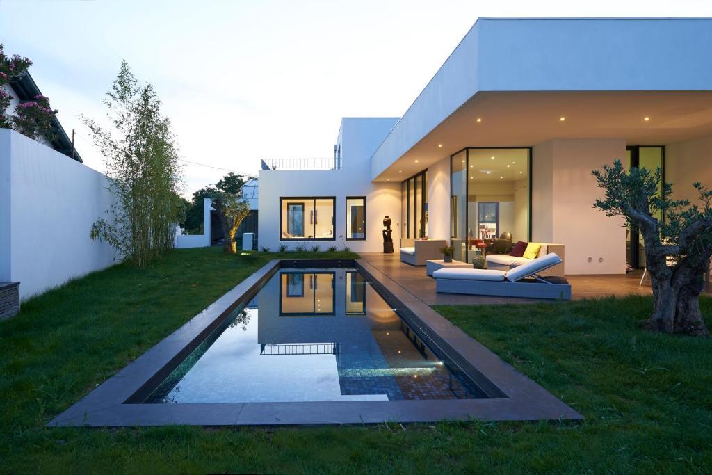 Villa D'Architecte Avec Piscine Pour 6 Personnes - Proche Biarritz