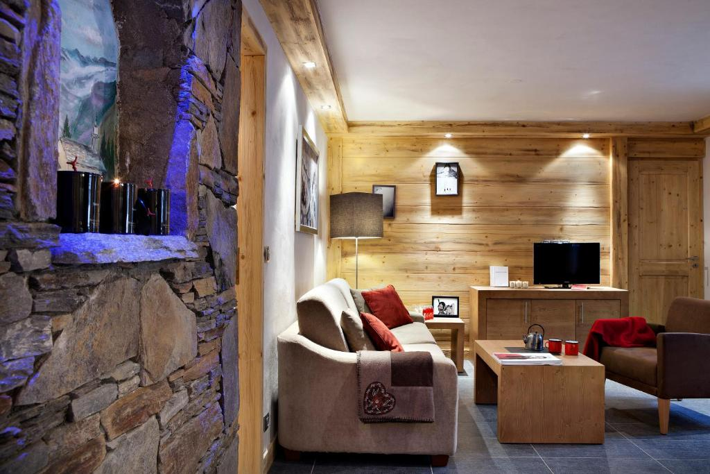 Le Lodge Hemera  La Rosi U00e8re  France