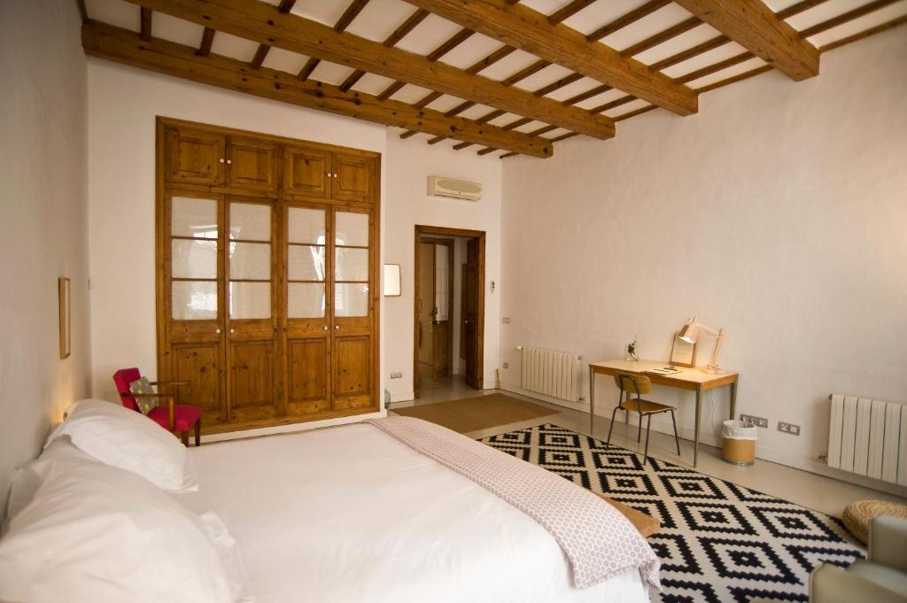 boutique hotels mahon  63