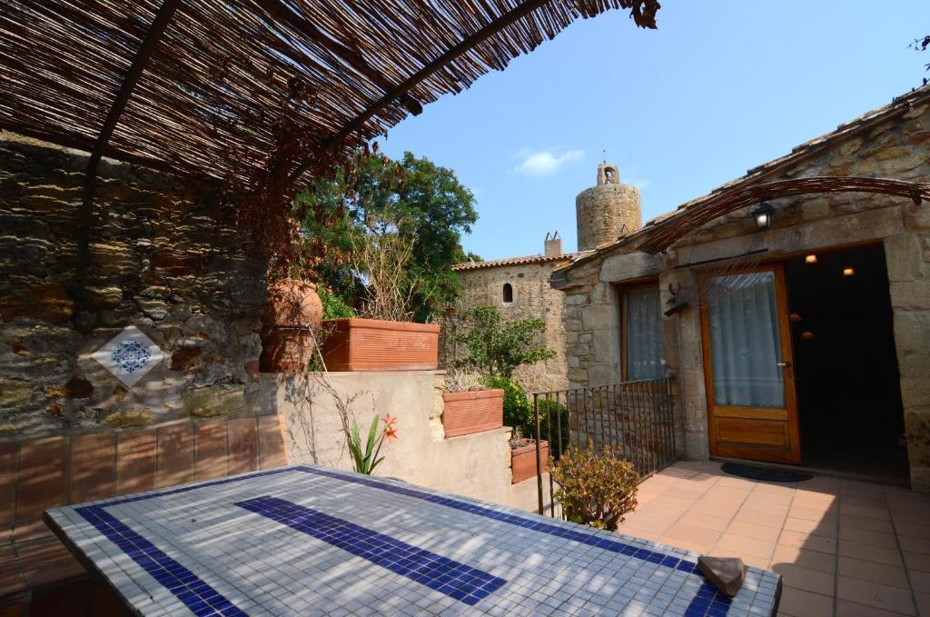 Apartments In Sant Climent De Peralta Catalonia