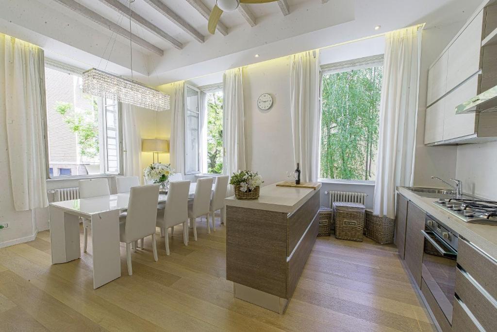Modern apartment como italien como booking.com