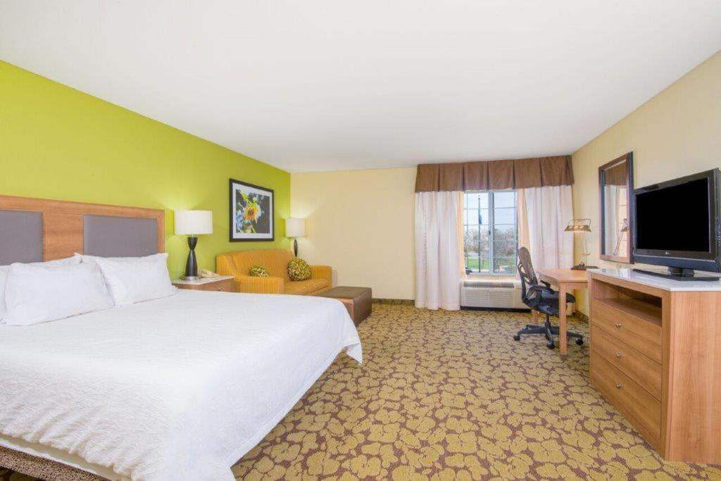 Hilton Garden Inn Wichita, KS - Booking.com
