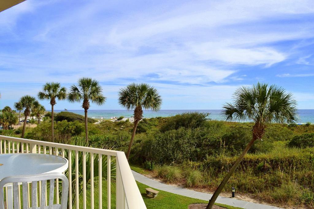 Apartments In Four Mile Village Florida