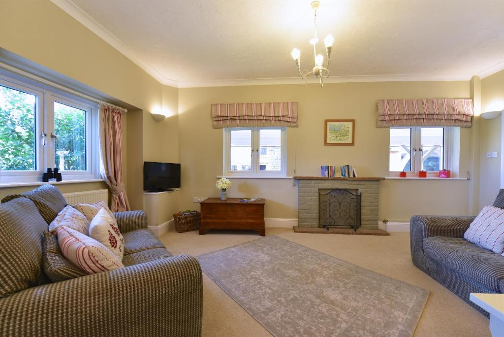 Vacation home longlands yeovil uk - Hotels in yeovil with swimming pool ...