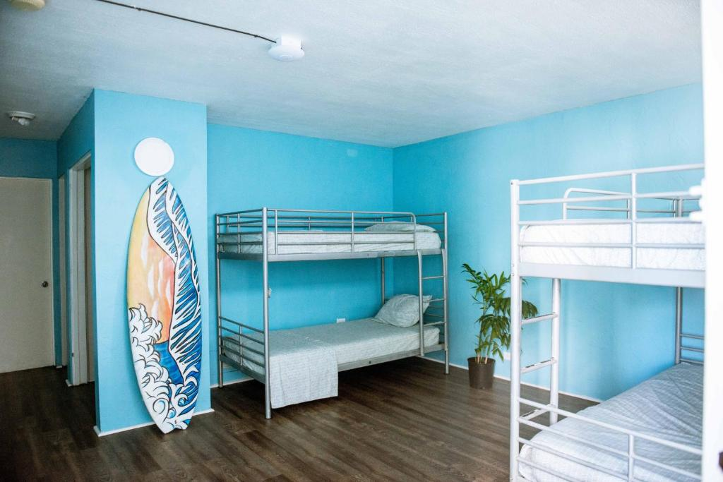 Hostel Polynesian Beach Club Honolulu Hi Booking Com