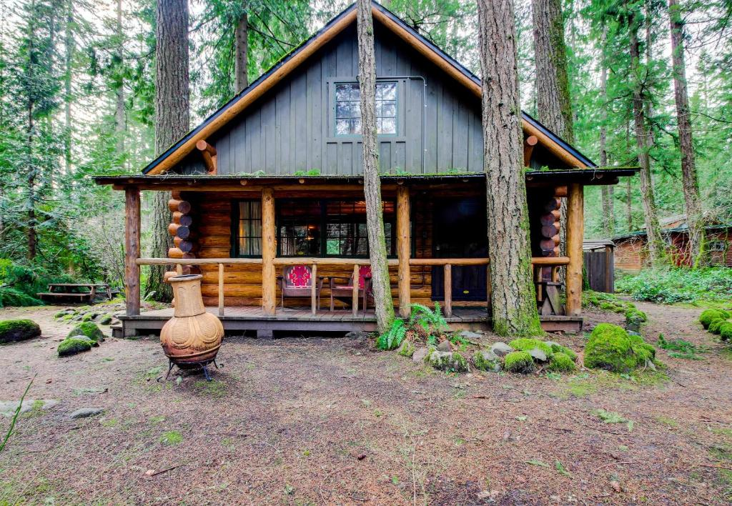 mt historic hoods cabin restore recognition oregon hood receiving cabins tatum clintonselin mount s