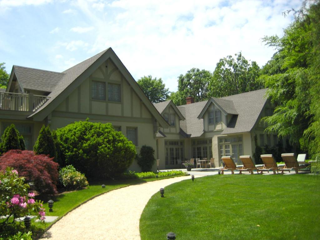 Bed And Breakfast The Baker House 1650 East Hampton Ny Booking