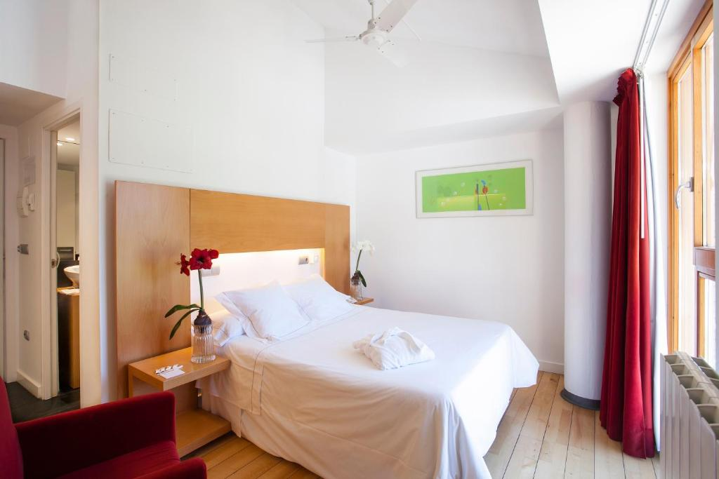 boutique hotels biescas  12