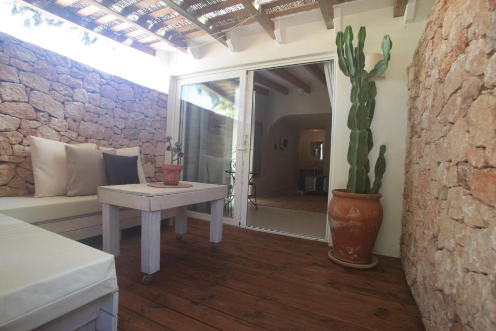 boutique hotels in formentera  12