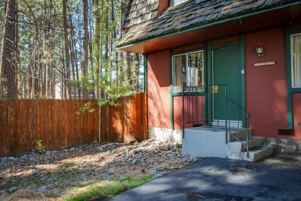 south rental photo cabins lake main tahoe home accommodations cabin vacation our pic of