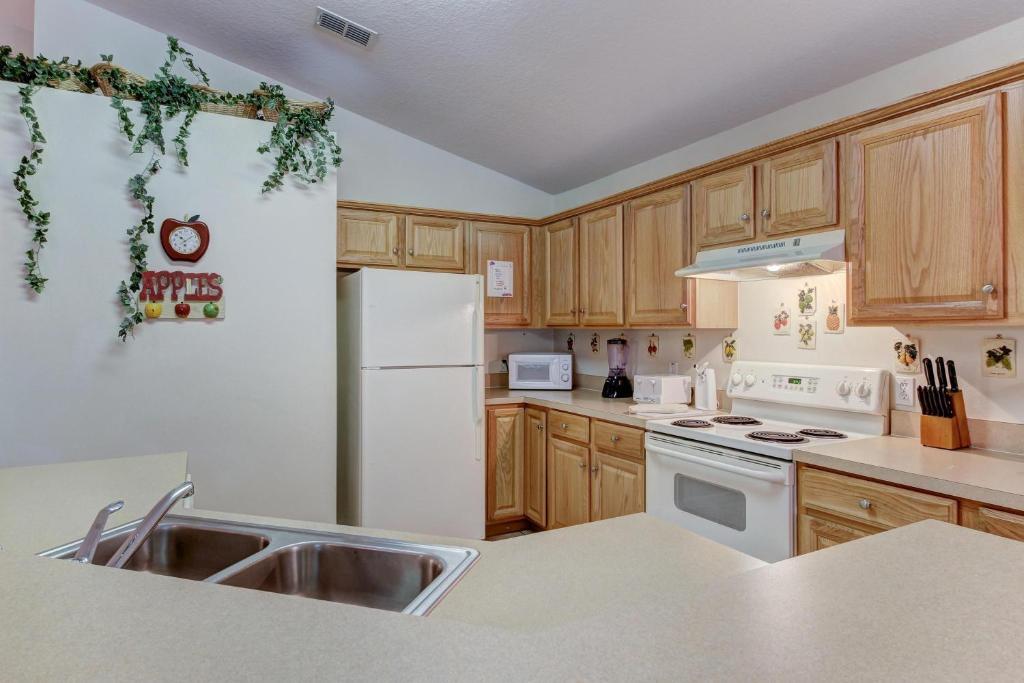 Cumbrian Lakes Villa, Kissimmee, FL - Booking.com