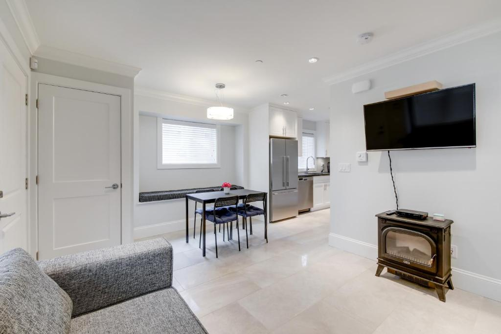 New Urban Modern Main St Coach House Vancouver Updated 2019 Prices