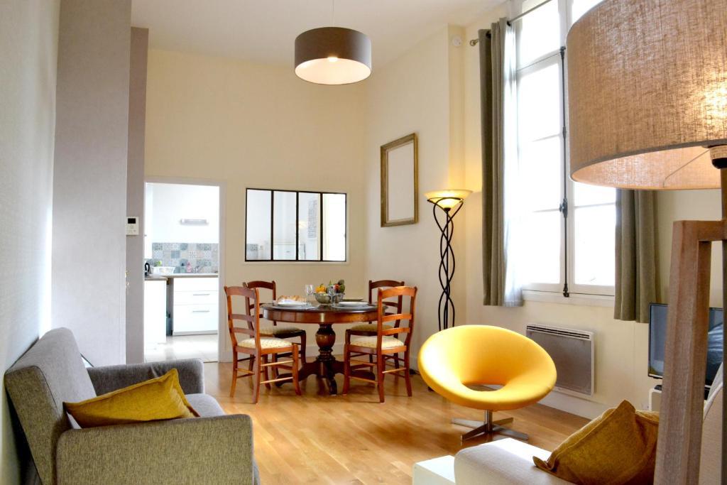 Bel Appartement Centre Historique 47m2 Montpellier Updated 2018