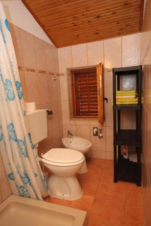 Apartment Mali Losinj 8006b Hotel - room photo 8943824