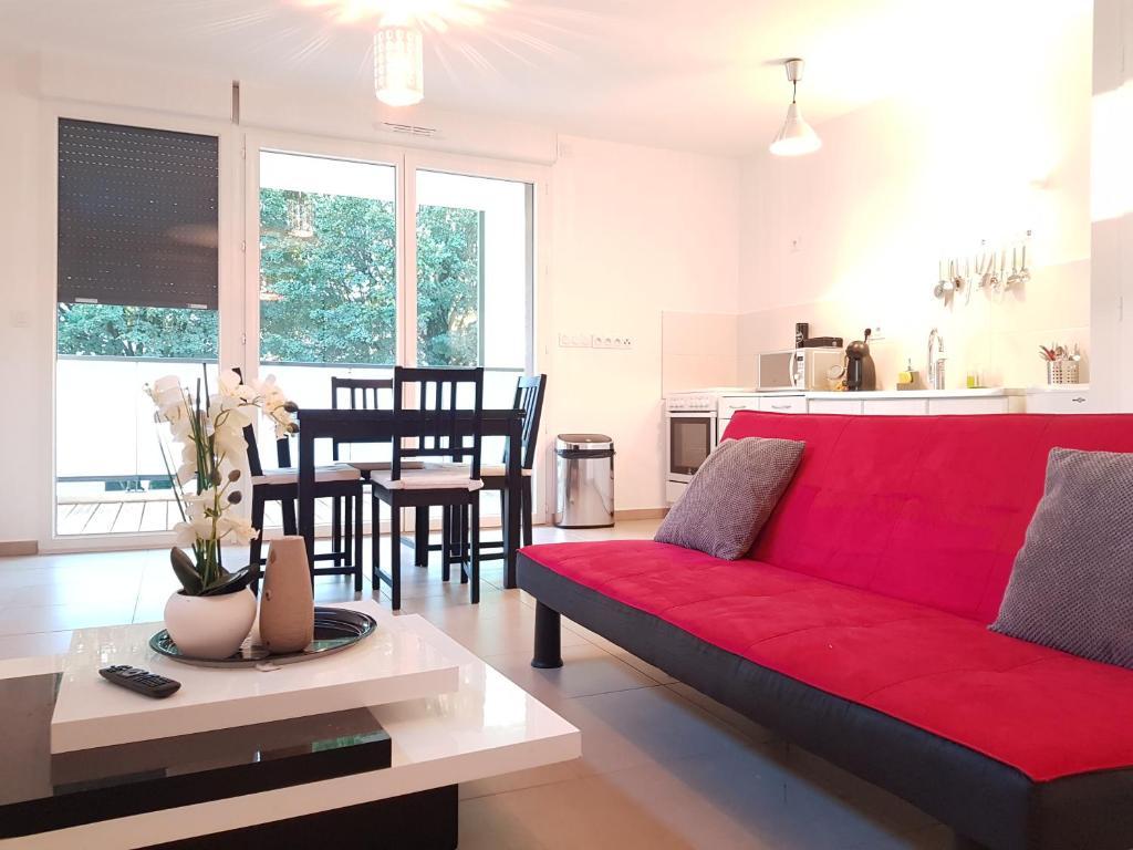 Apartments In Poncin Rhône-alps
