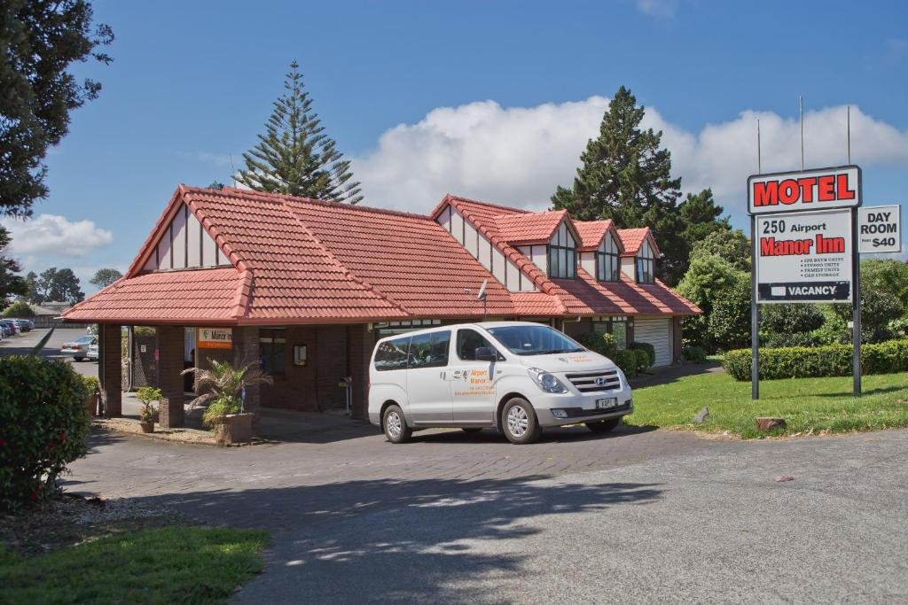 Airport Manor Inn Reserve now. Gallery image of this property ...