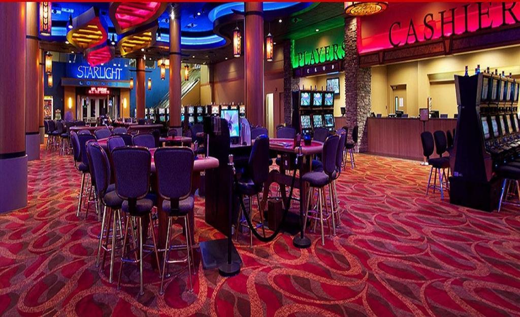 hotel casino royal