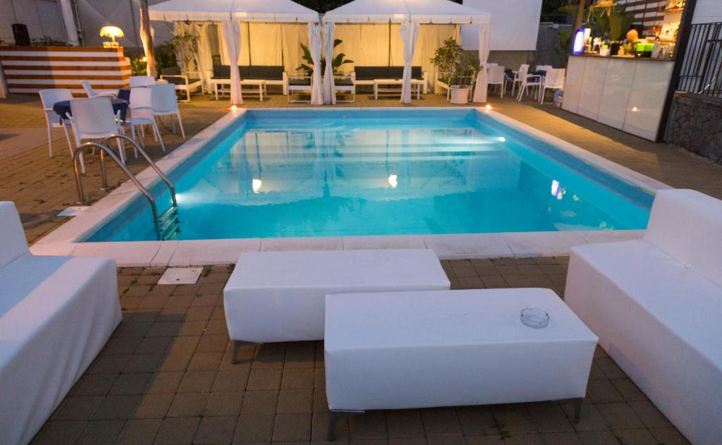 Bed and Breakfast La Terrazza, Aci Castello, Italy - Booking.com