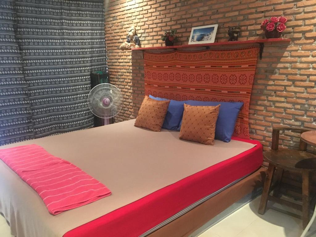 Just Chill Inn, Chiang Mai, Thailand - Booking com