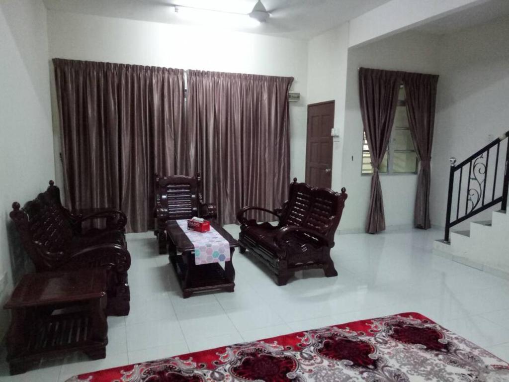 Homestay Murah Al Qarni Seri Manjung 3 Harga Terkini