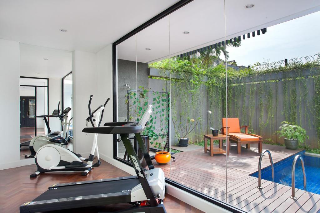 White tree residence jakarta indonesia booking.com