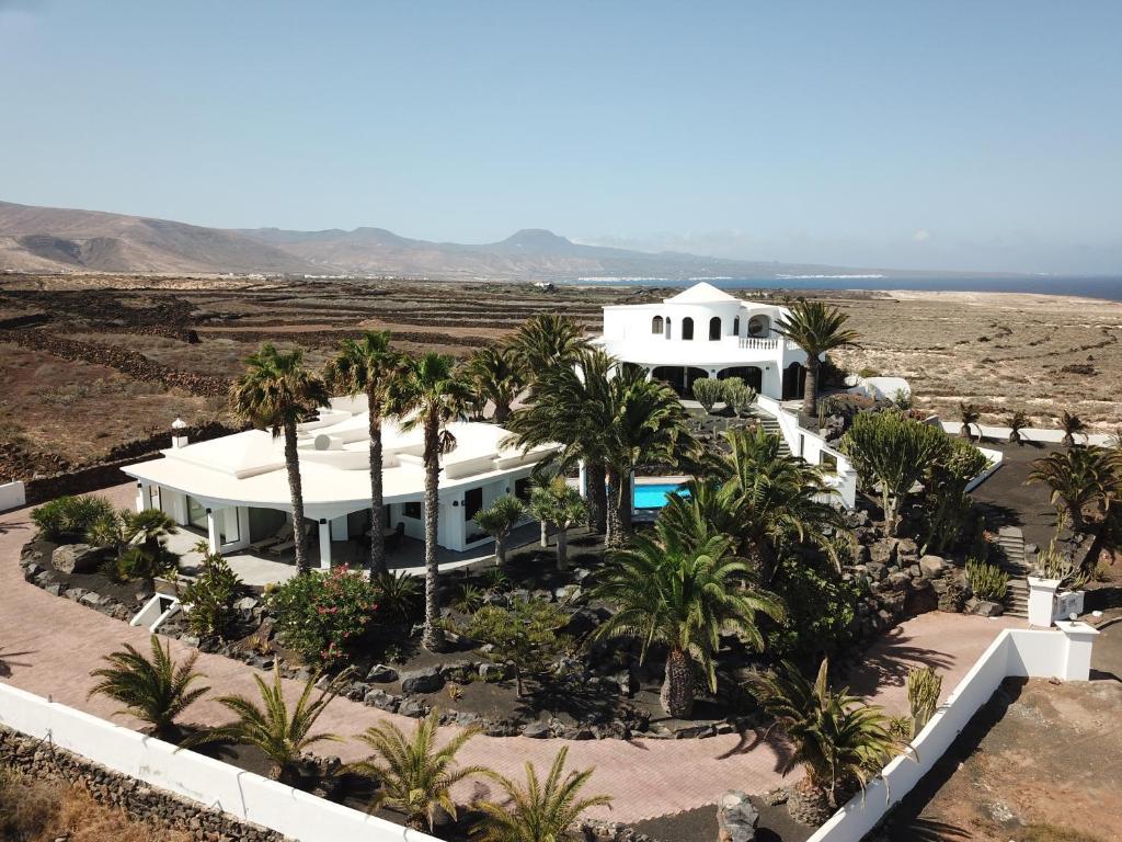 Villa Casa Ronda (Espanha Charco del Palo) - Booking.com