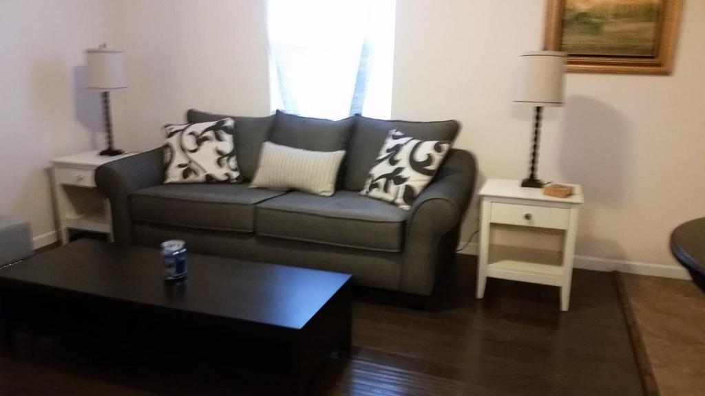 Apartments In Hooks Airport Indiana