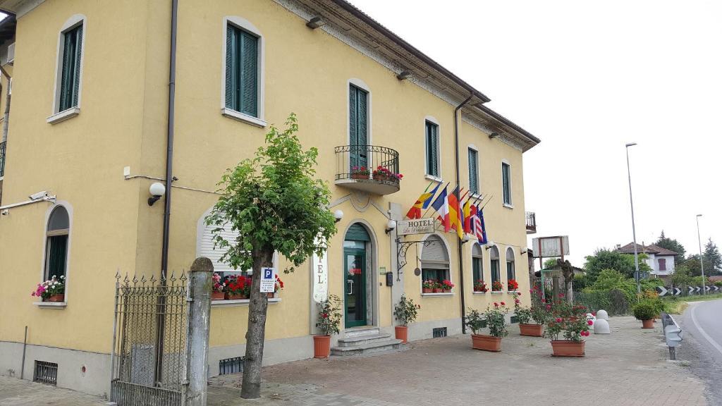 hotel la pendola (italia ozzero) - booking.com - Arredo Bagno Ozzero