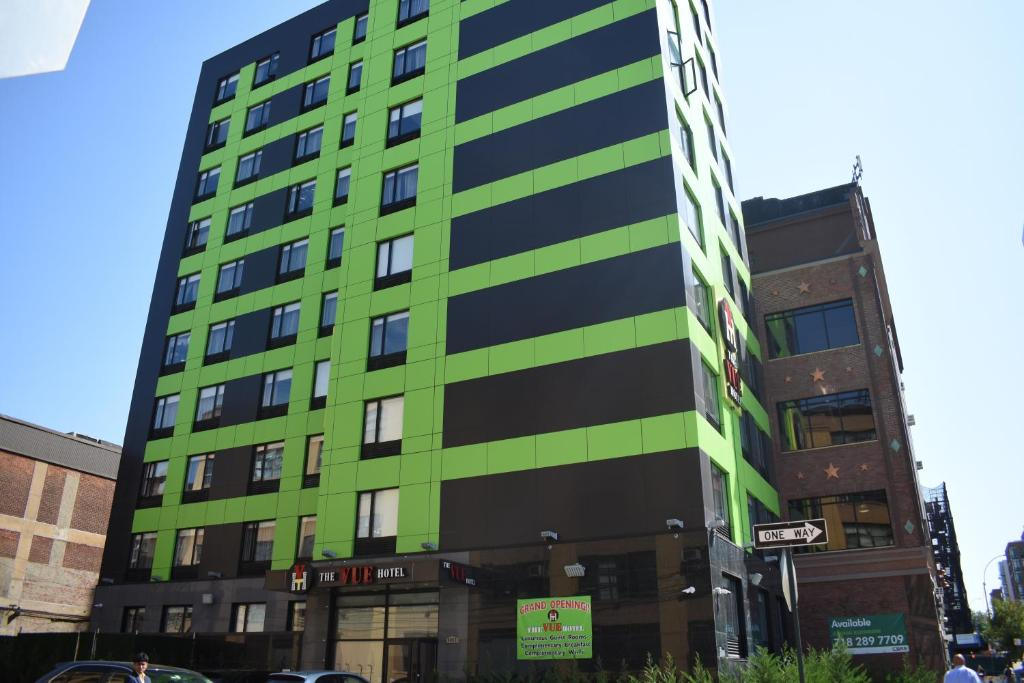 The vue hotel an ascend hotel queens ny booking gallery image of this property ccuart Choice Image