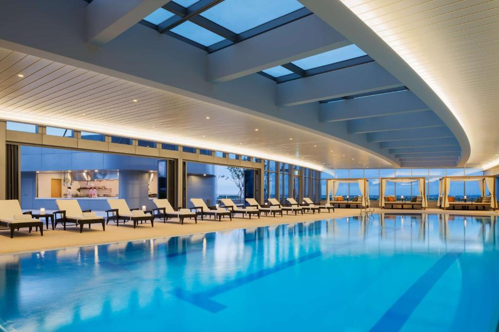 The swimming pool at or near Grand Hyatt Incheon