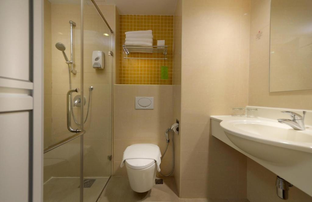 gallery image of this property - Bathroom Accessories Kota Kinabalu