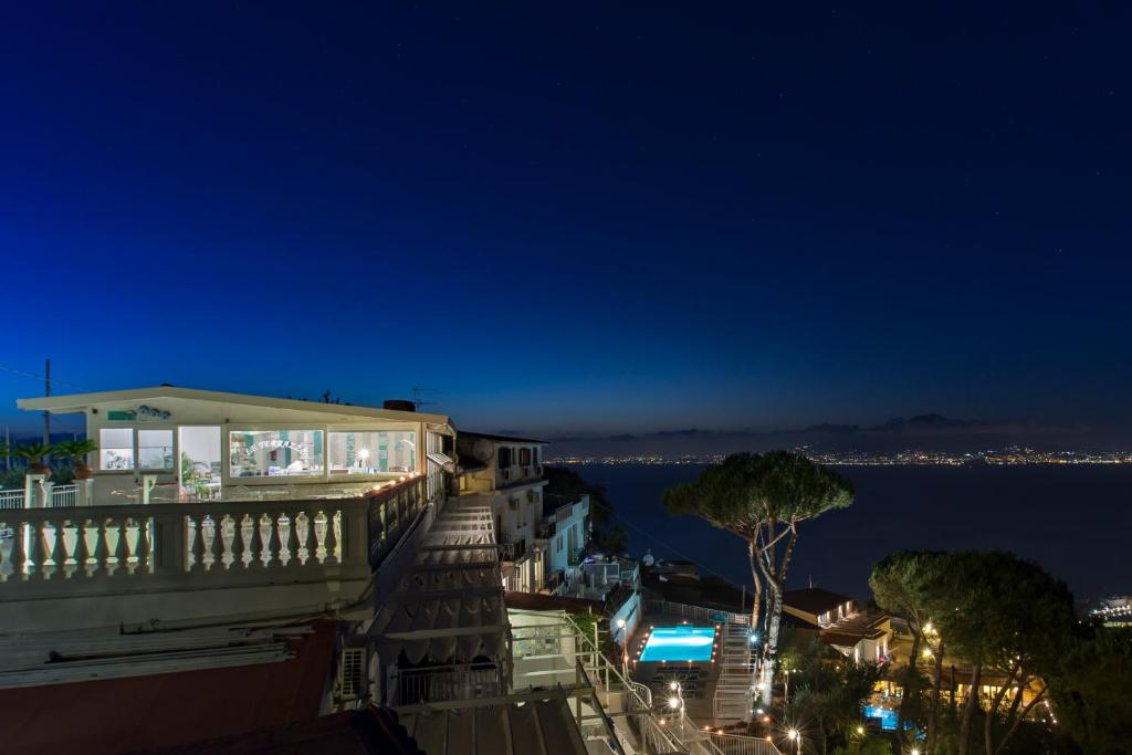 Residence Le Terrazze, Sorrento, Italy - Booking.com