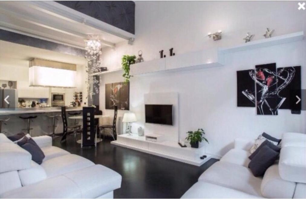 Favoloso Apartment Luxury Loft Milano, Italy - Booking.com EO77