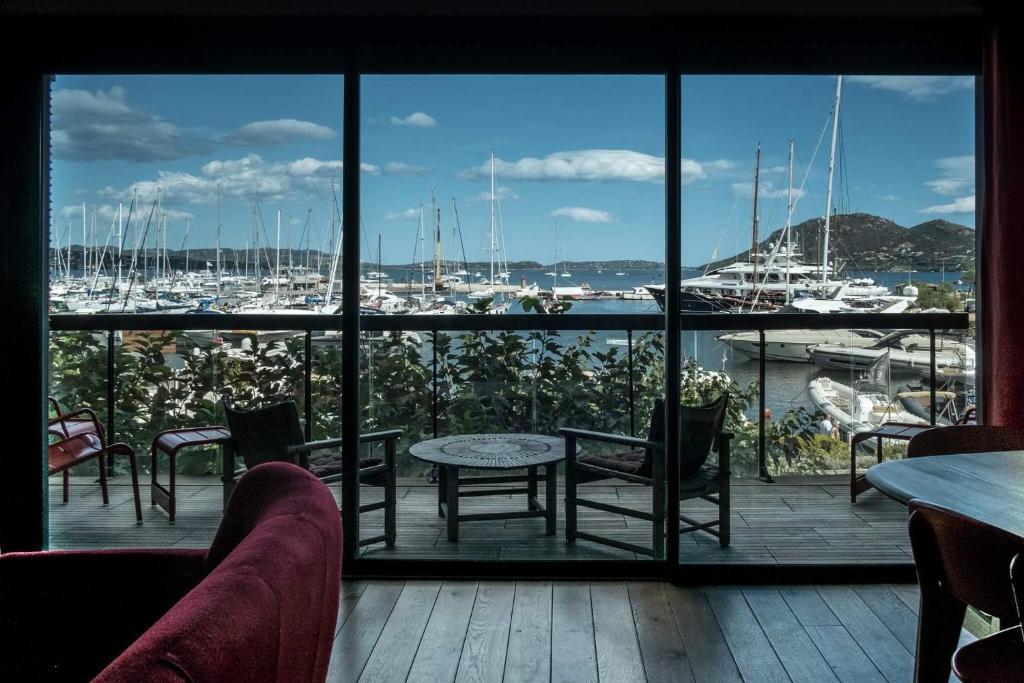 Immeuble la mer porto vecchio tarifs 2018 for Appart hotel porto vecchio
