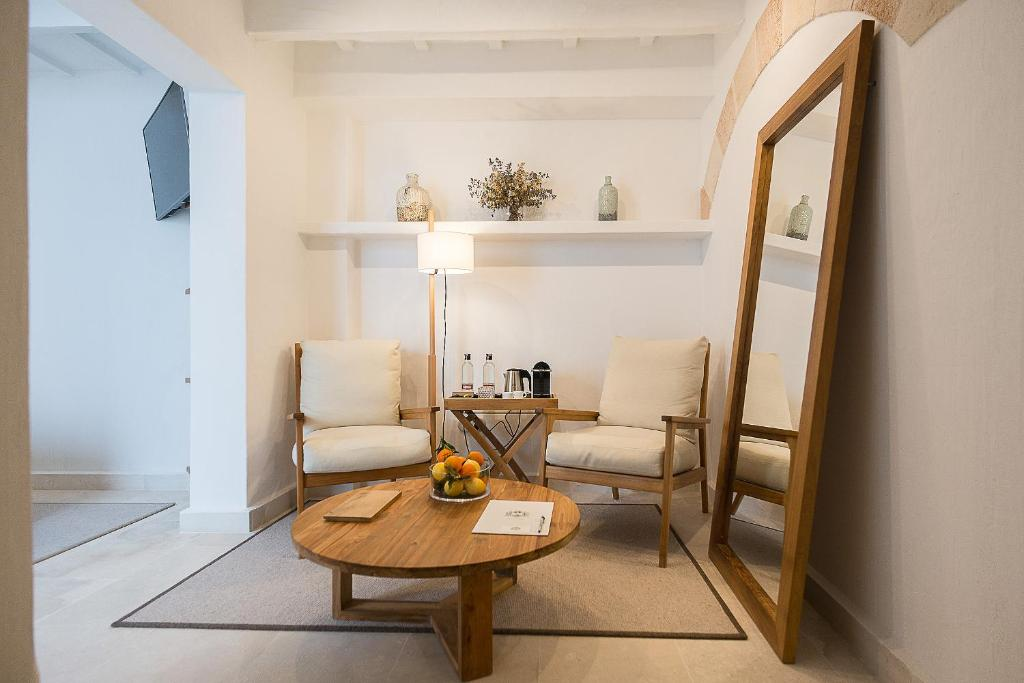 boutique hotels in menorca  266