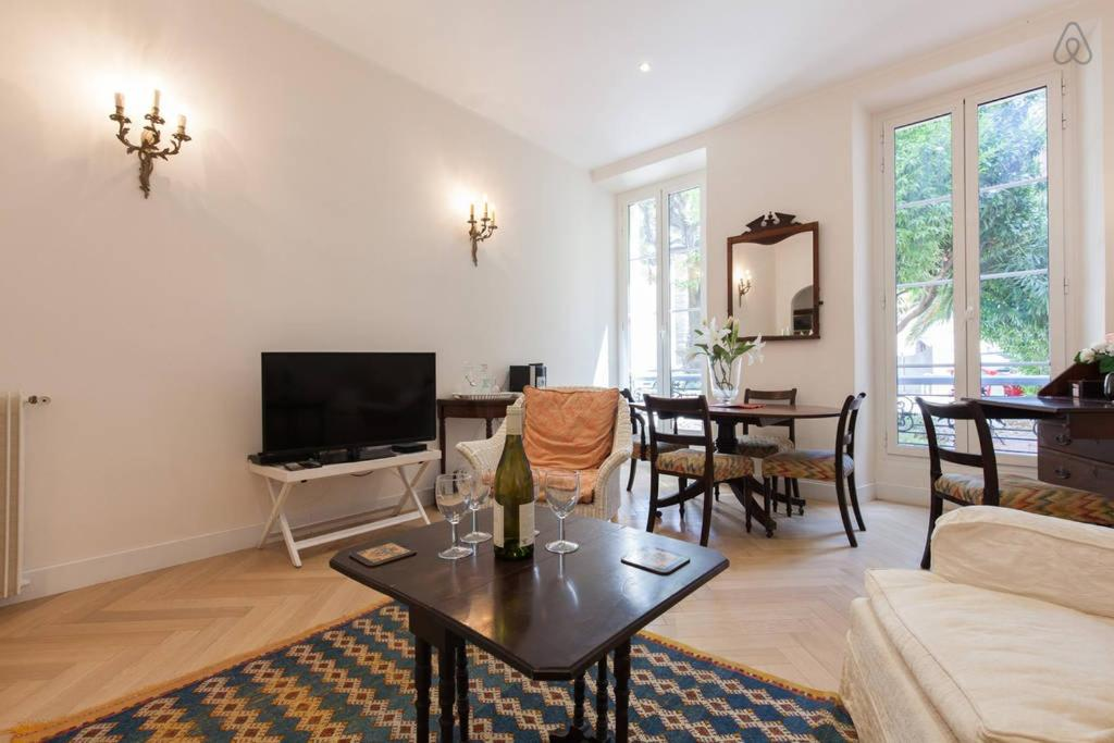 Cannes Central Apartment, France - Booking.com