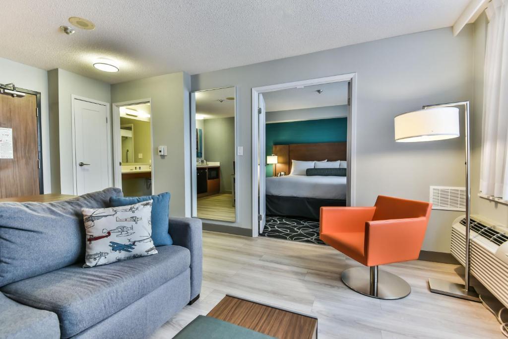 Radisson Suites Hotel Toronto Airport, Toronto – Precios ...