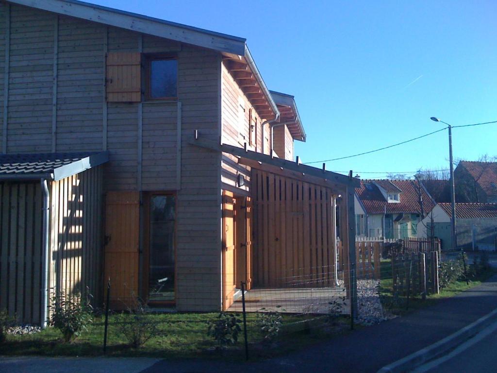 maison baie de somme chambre with maison baie de somme finest la de la maison mdicale sur la. Black Bedroom Furniture Sets. Home Design Ideas