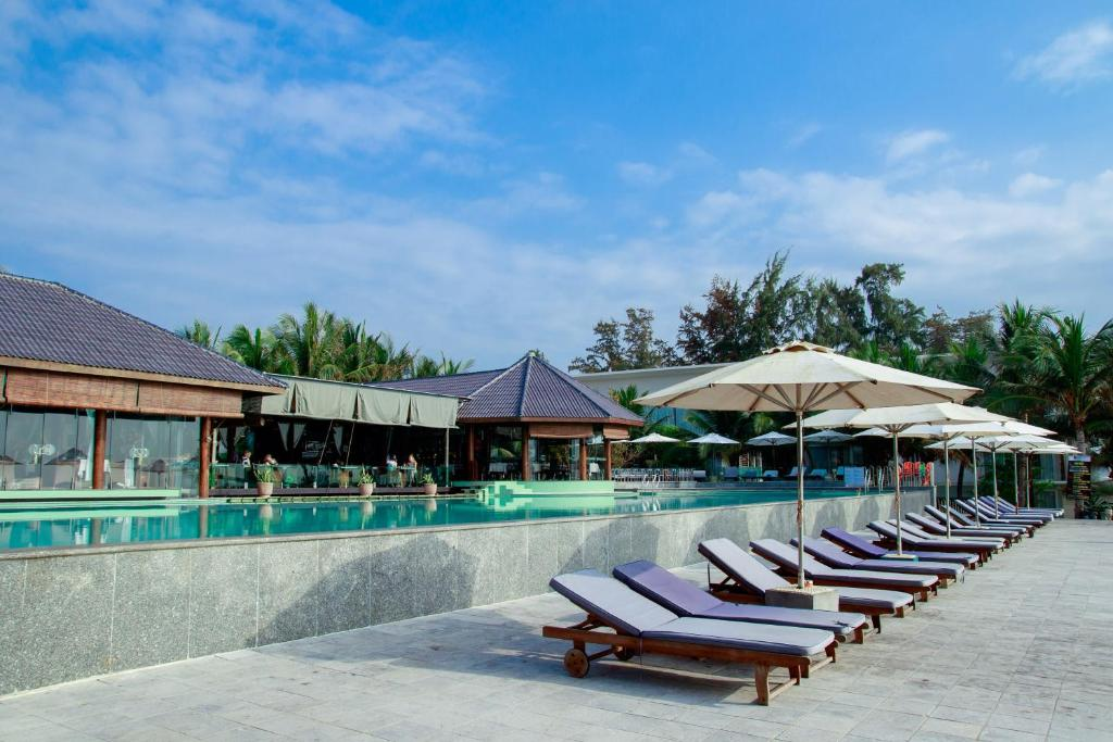 Villa Del Sol Beach Resort Spa Reserve Now Gallery Image Of This Property