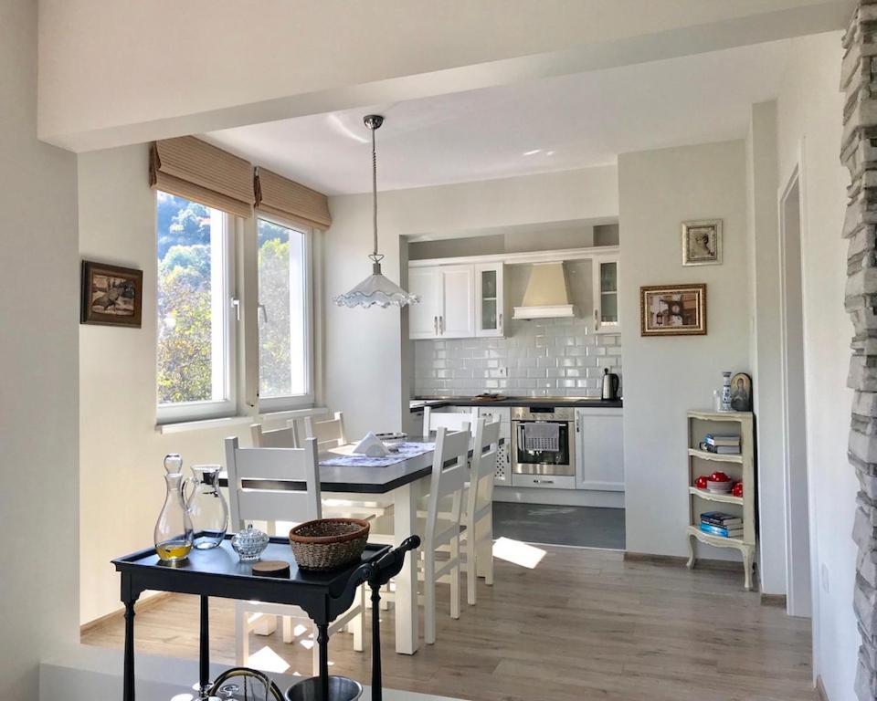Апартамент Penthouse Tsarevets - Велико Търново