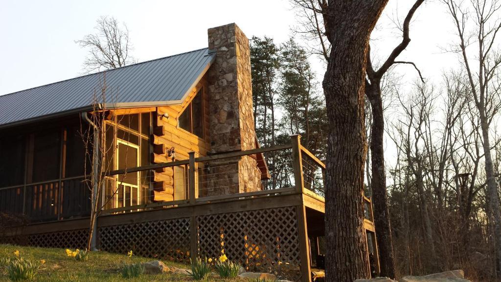 Hunters Lodge Cabin Trenton Ga Booking Com