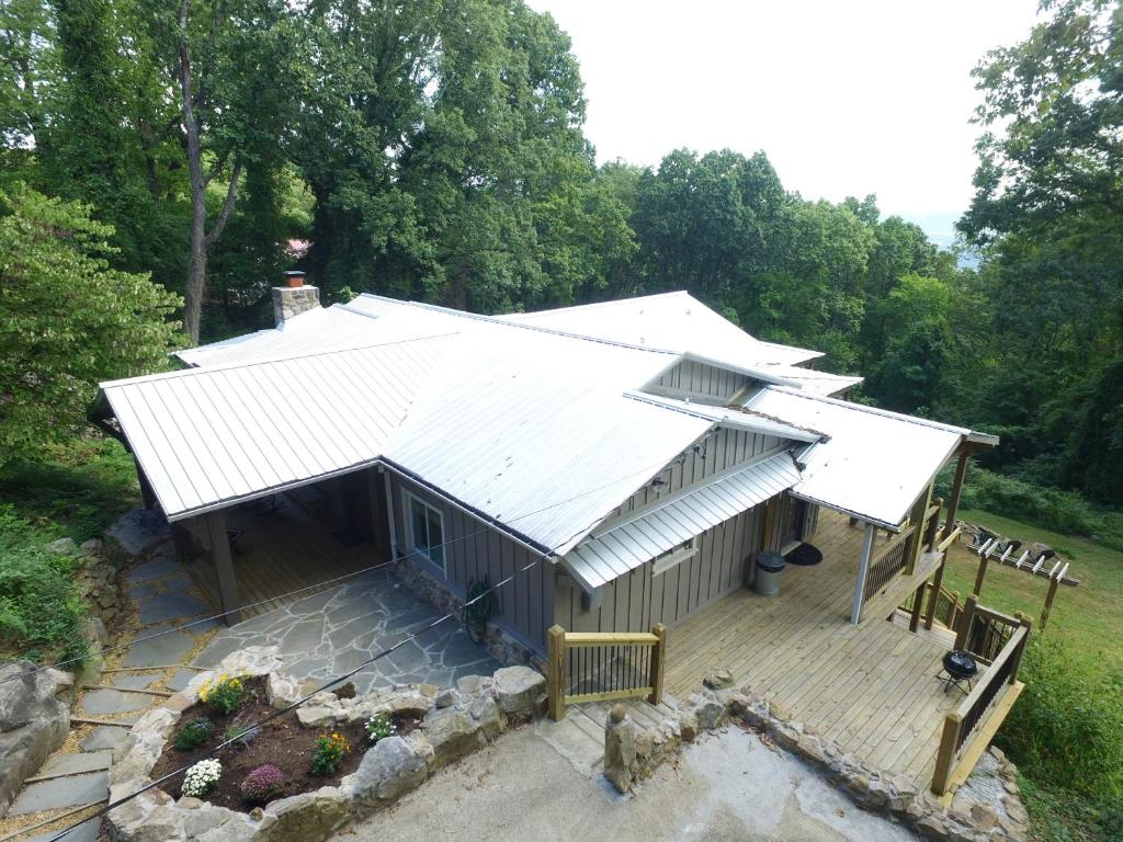 tn cabin friendly tennessee al in mountain cabins log lookout chattanooga pet rentals alabama near