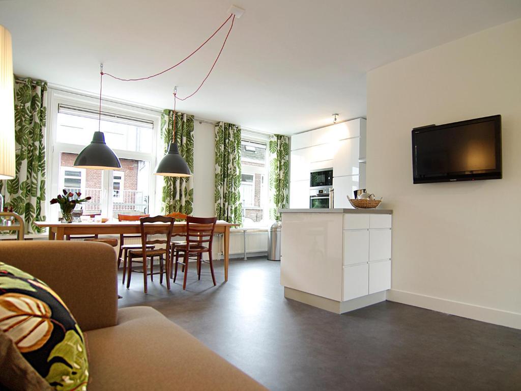 Amsterdam Spacious Apartment Apartment Spacious 3 Bedroom Apt Pijp Area Amsterdam